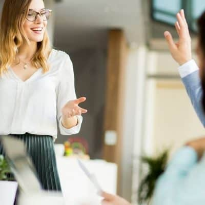 6 Easy Ways to Stop Shaking Before a Presentation
